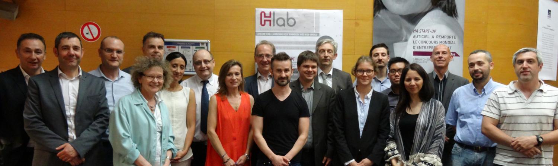 Photo de groupe de la première assemblée générale du H-Lab